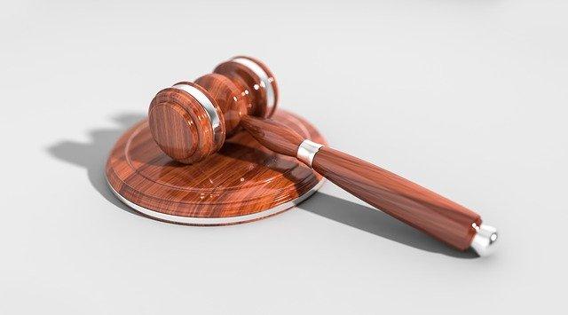 Czego musimy oczekiwać od odpowiedniego prawnika?